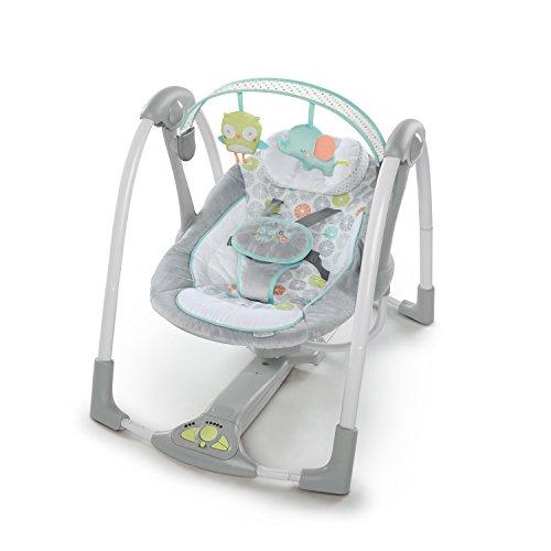 Ingenuity, Hugs & Hoots zusammenklappbare und tragbare Babyschaukel mit 5 Schaukelgeschwindigkeiten,...